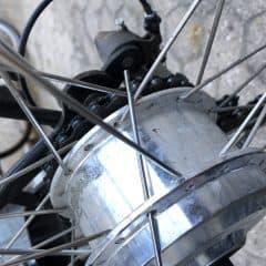 Knækket cykeleger – sådan skifter du det!